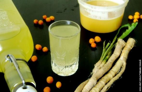 Рецепт хреновухи на самогоне с мёдом, в домашних условиях.